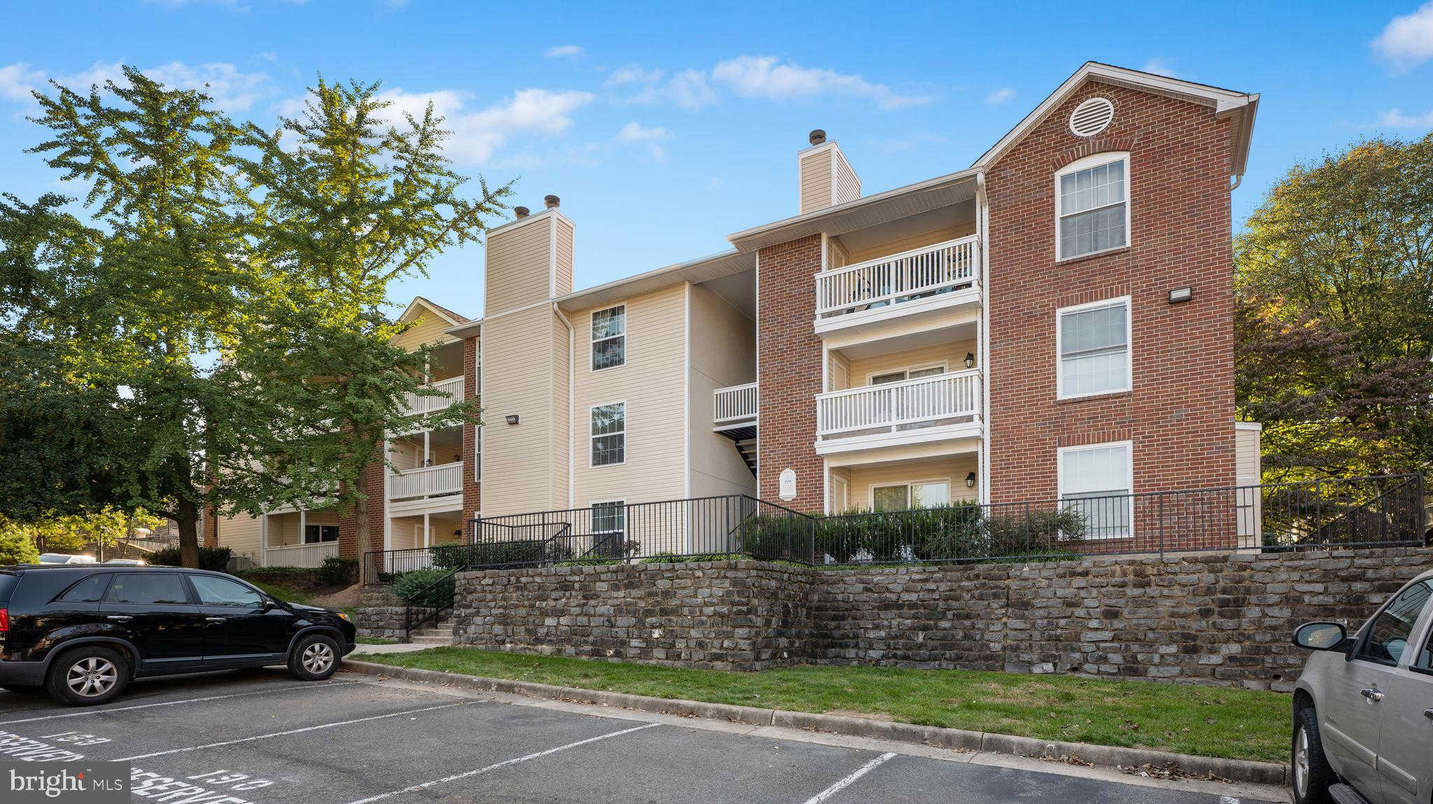 Video Tour  - 1539 Lincoln Way #202, Mclean, VA 22102