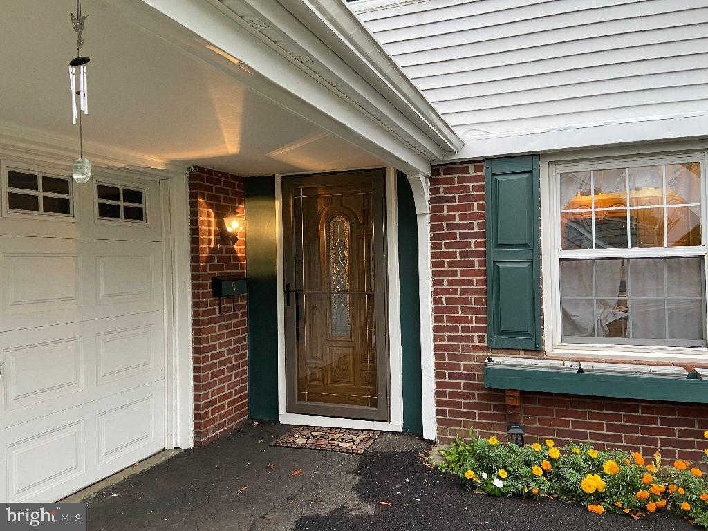 5 Pilgram Lane, Willingboro, NJ 08046 is now new to the market!