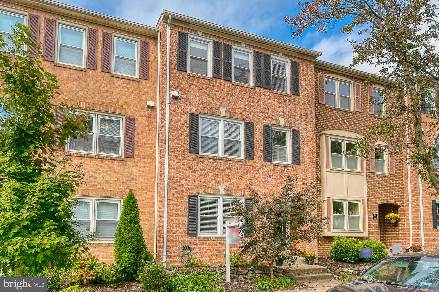 1104 N Vermont Street, Arlington, VA 22201 is now new to the market!