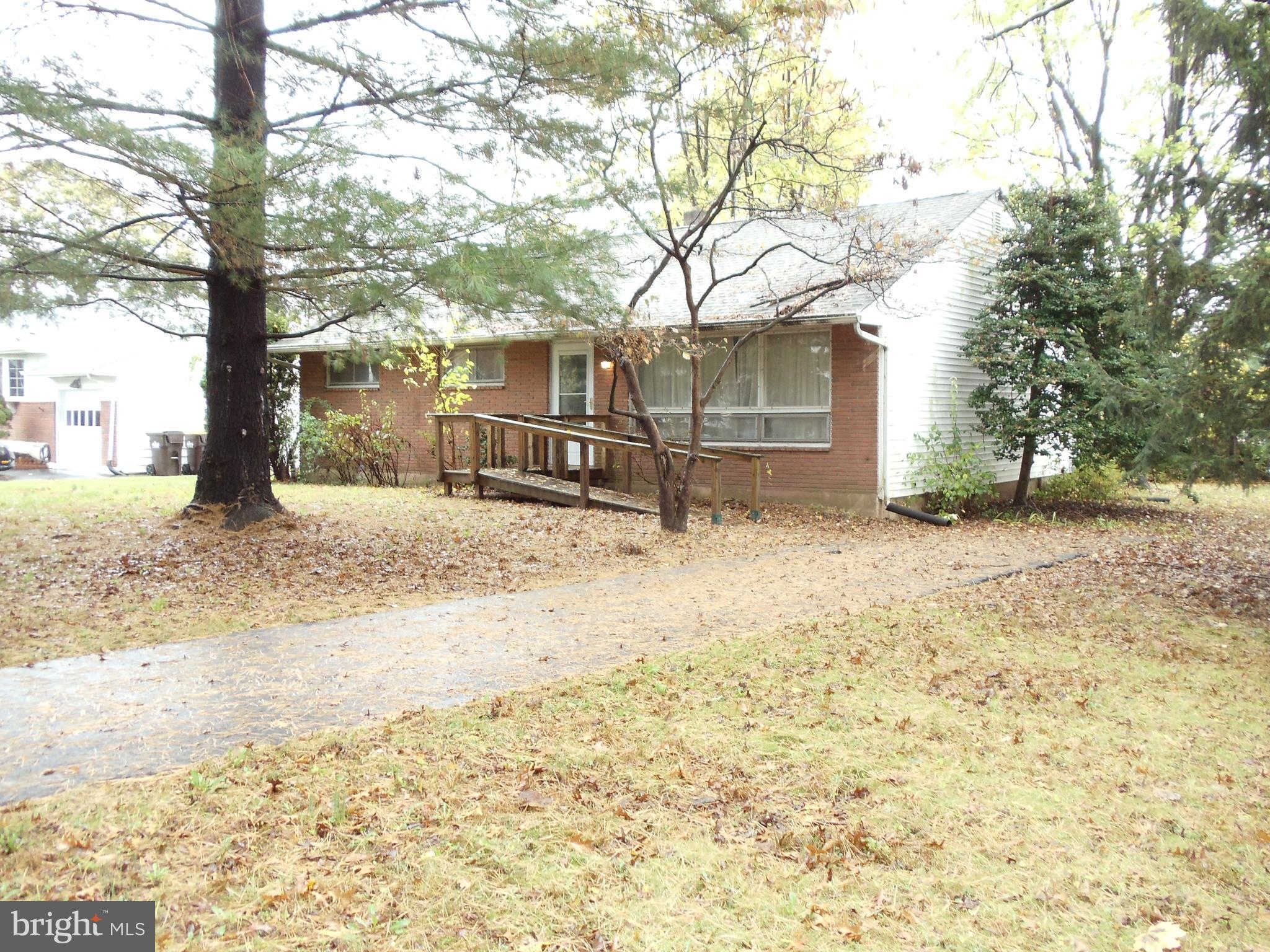 121 Butternut Drive, Hatboro, PA 19040 now has a new price of $289,900!