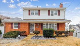 904 Chillum Manor Court, Hyattsville, MD 20783
