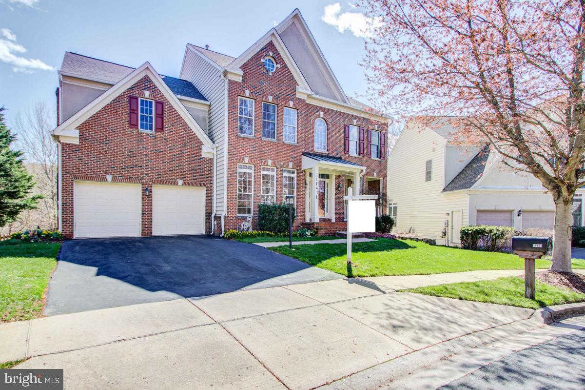 11431 Seneca Forest Circle, Germantown, MD 20876 is now new to the market!