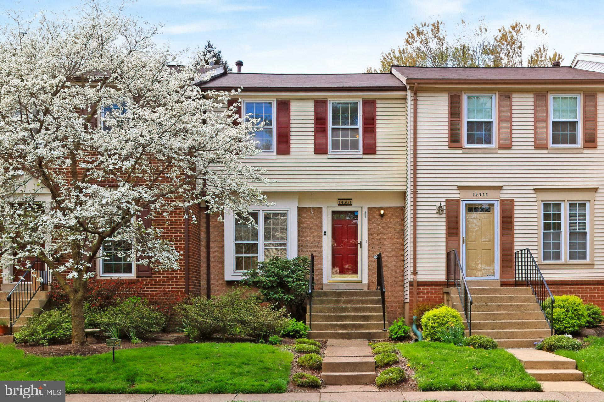 14331 Little Rocky Mountain Court, Centreville, VA 20120 is now new to the market!