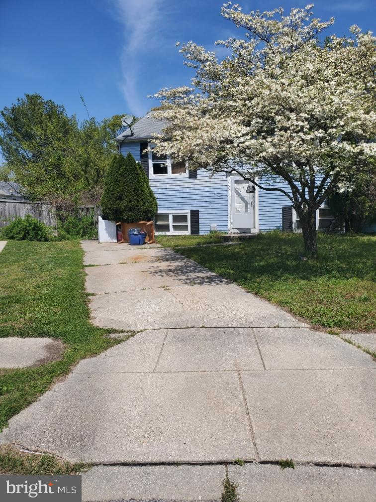 556 E Park Court, Glen Burnie, MD 21061 is now new to the market!