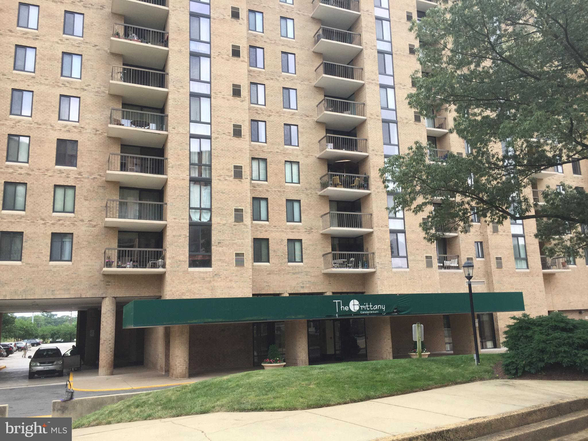 Another Property Rented - 4500 S Four Mile Run Drive #807, Arlington, VA 22204