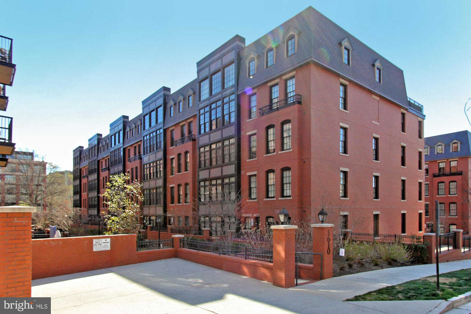 1610 N Queen Street #224, Arlington, VA 22209 now has a new price of $4,200!