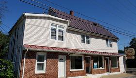 8414 W Main Street #apt 3, Marshall, VA 20115