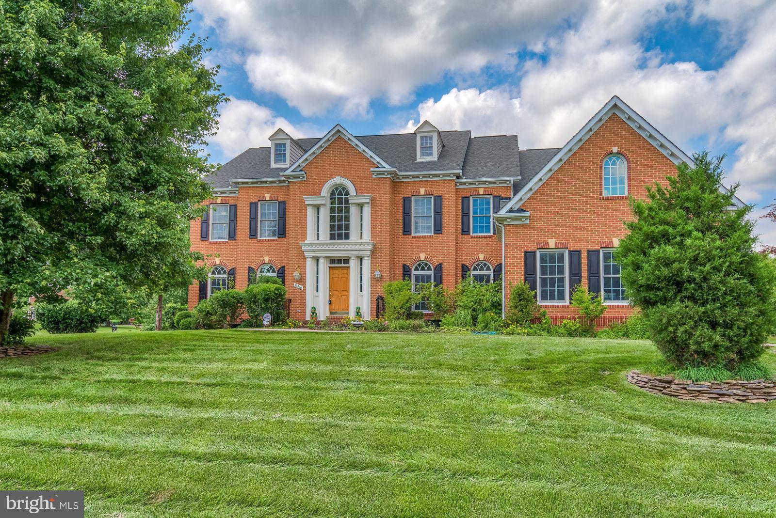 Video Tour  - 10910 Great Point Court, Great Falls, VA 22066