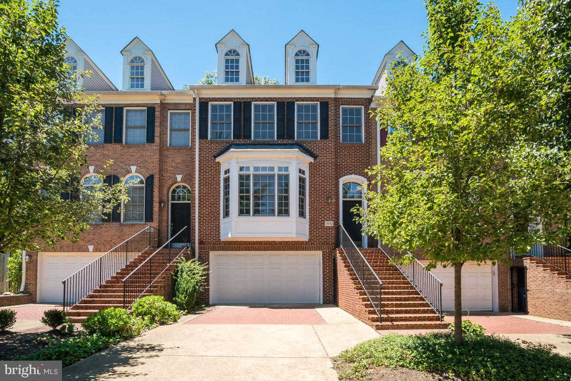 1912 N Ode Street, Arlington, VA 22209 now has a new price of $5,250!
