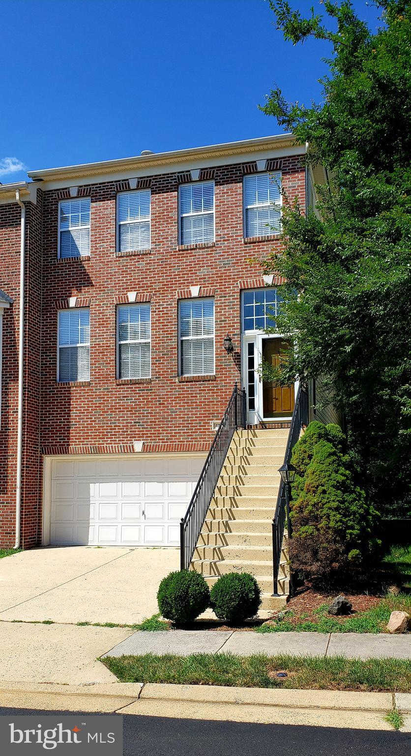 Another Property Rented - 43113 Forest Edge Square, Broadlands, VA 20148