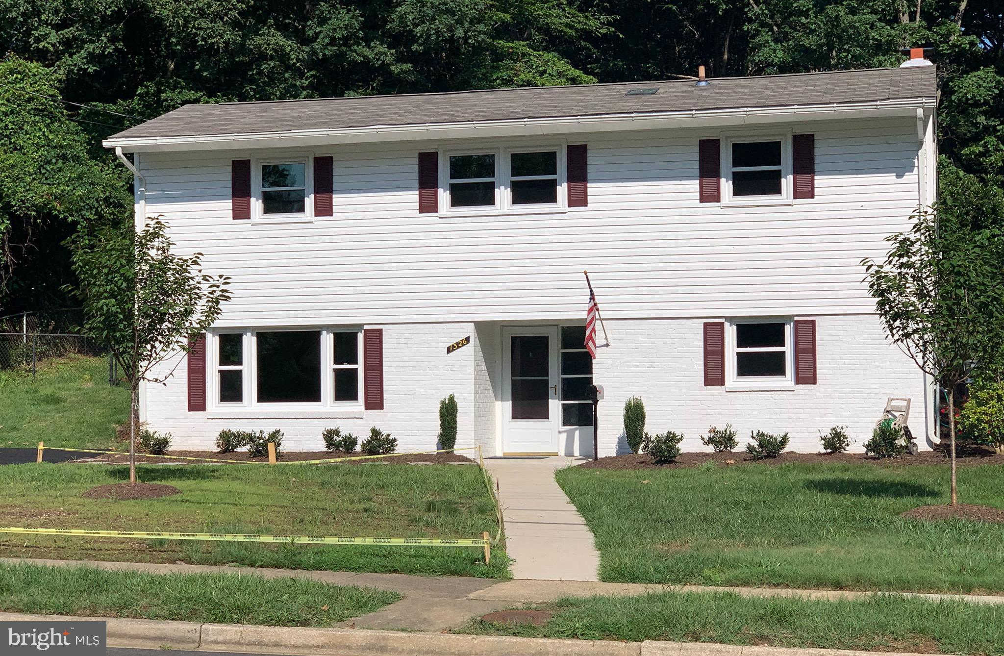 1326 N Chambliss Street, Alexandria, VA 22312 is now new to the market!
