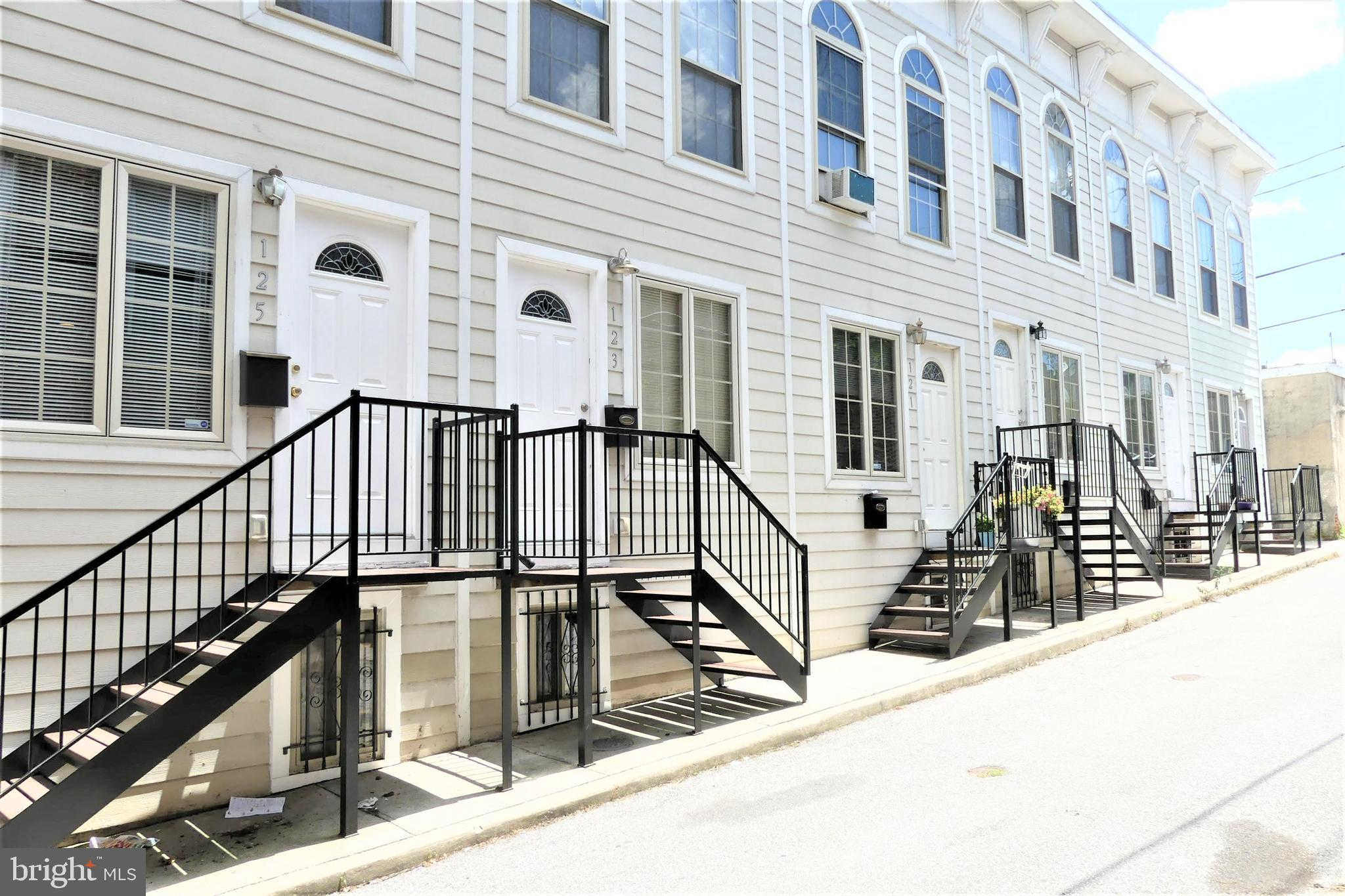 127 N Duncan Street, Baltimore, MD 21231 now has a new price of $1,450!