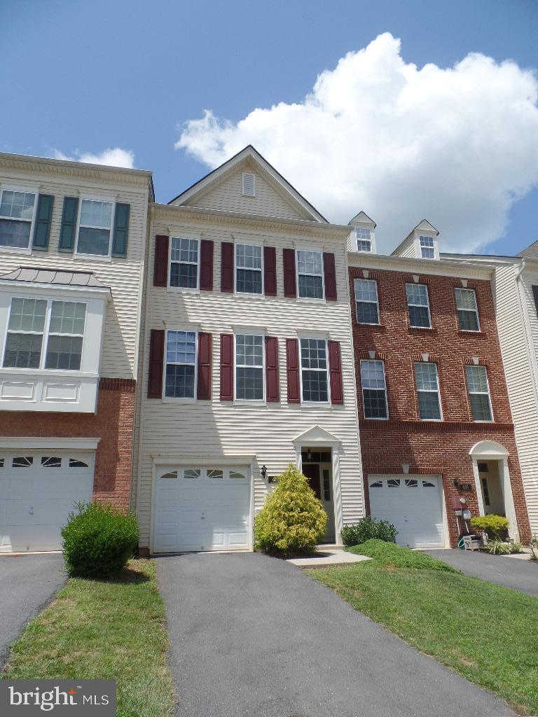 410 Klee Drive, Martinsburg, WV 25403 now has a new price of $1,450!