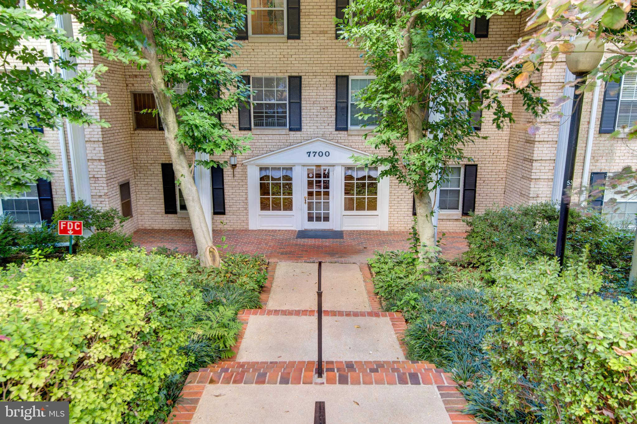 7700 Tremayne Place #307, Mclean, VA 22102 is now new to the market!