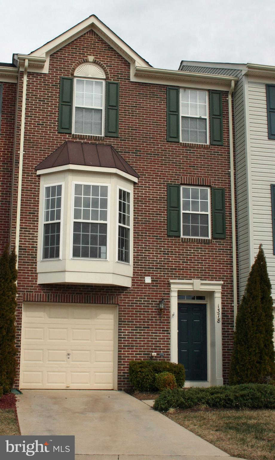 1378 Cranes Bill Way, Woodbridge, VA 22191 is now new to the market!