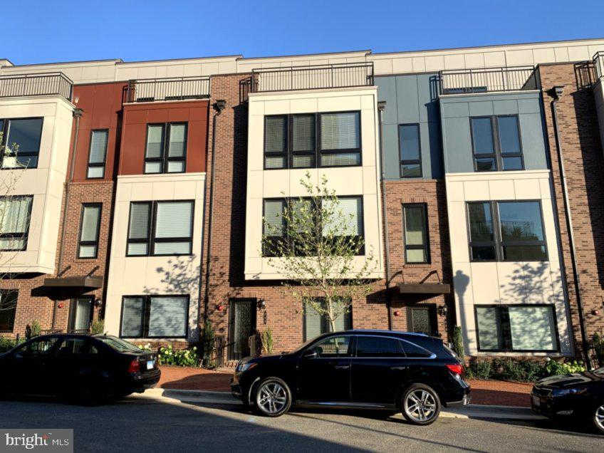 446 Stabler Lane, Alexandria, VA 22304 is now new to the market!