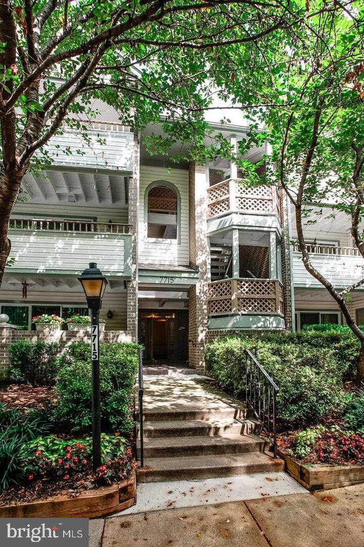 7715 Lafayette Forest #31, Annandale, VA 22003 is now new to the market!