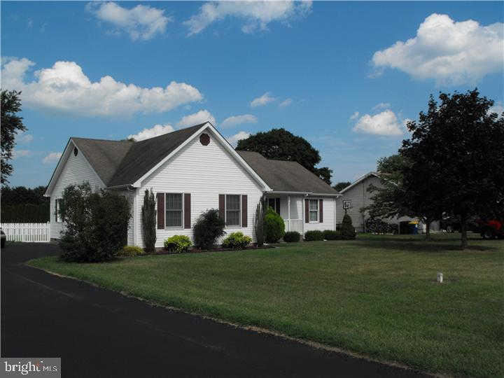 912 Canterbury Road, Milford, DE 19963 now has a new price of $1,350!