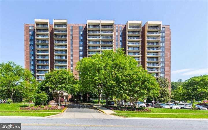 7401 Westlake Terrace #805, Bethesda, MD 20817 is now new to the market!