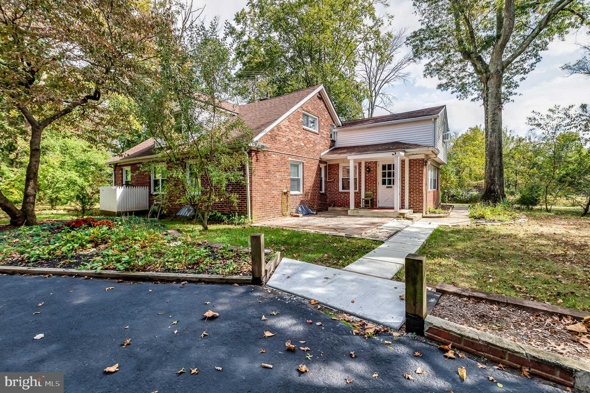 Video Tour  - 880 A Powell Road, Mount Holly, NJ 08060