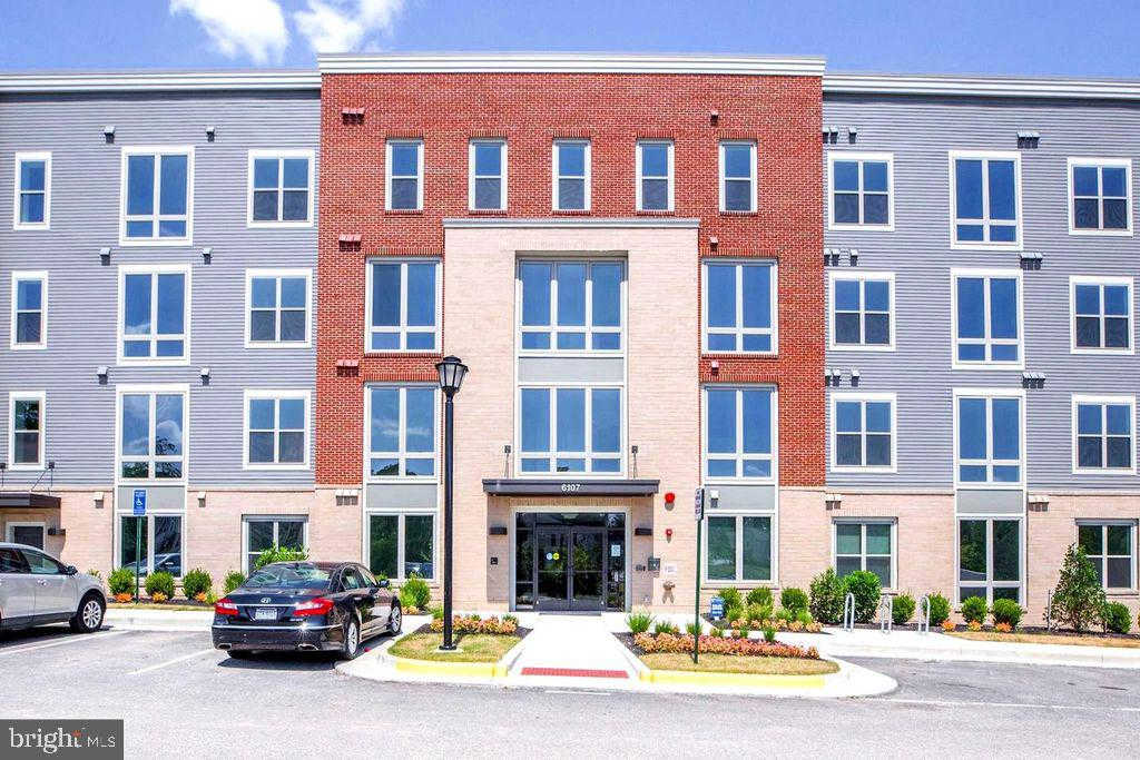 Another Property Rented - 6107 Fairview Farm Drive #105, Alexandria, VA 22315