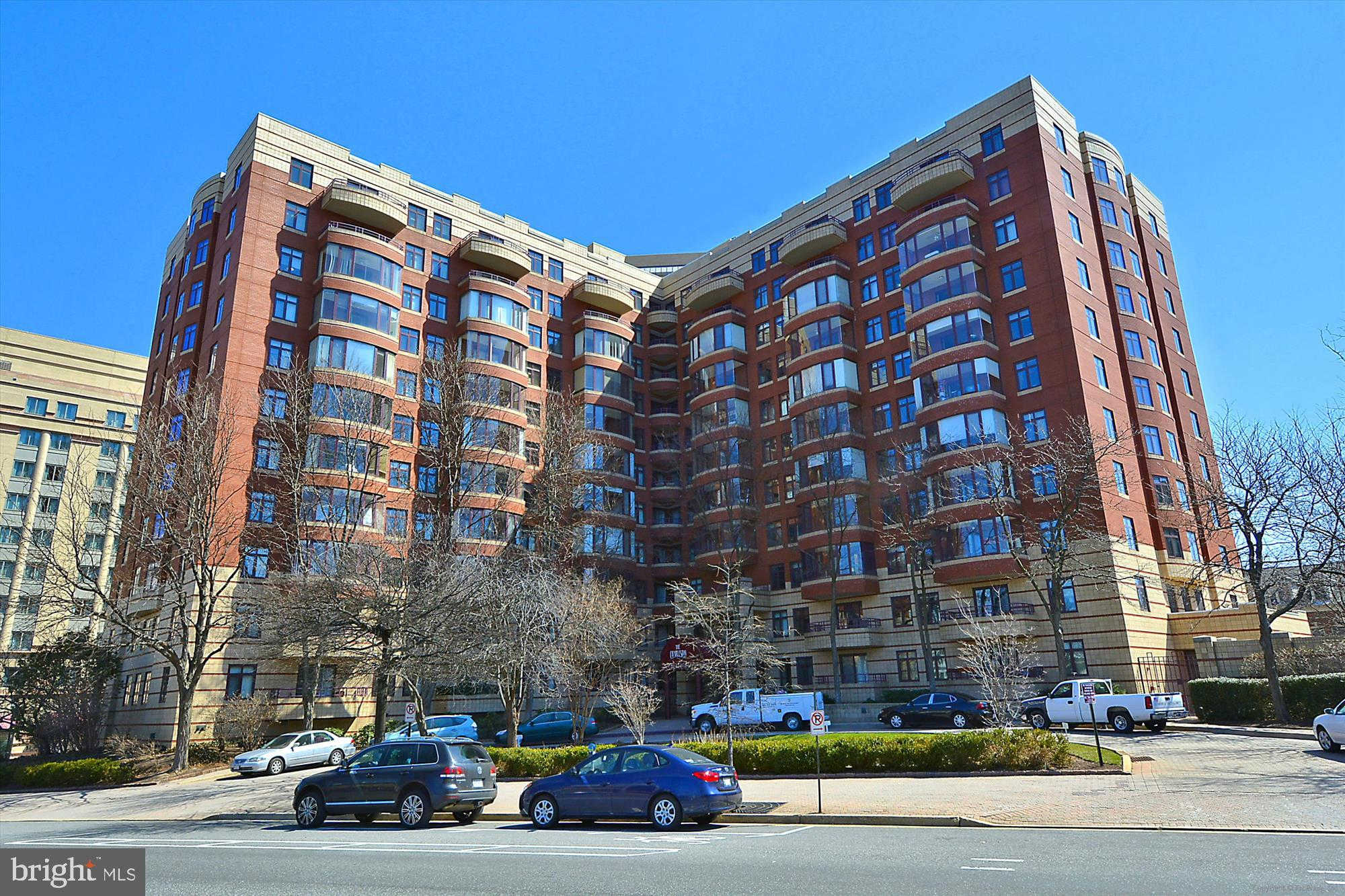 2400 Clarendon Boulevard #414, Arlington, VA 22201 is now new to the market!