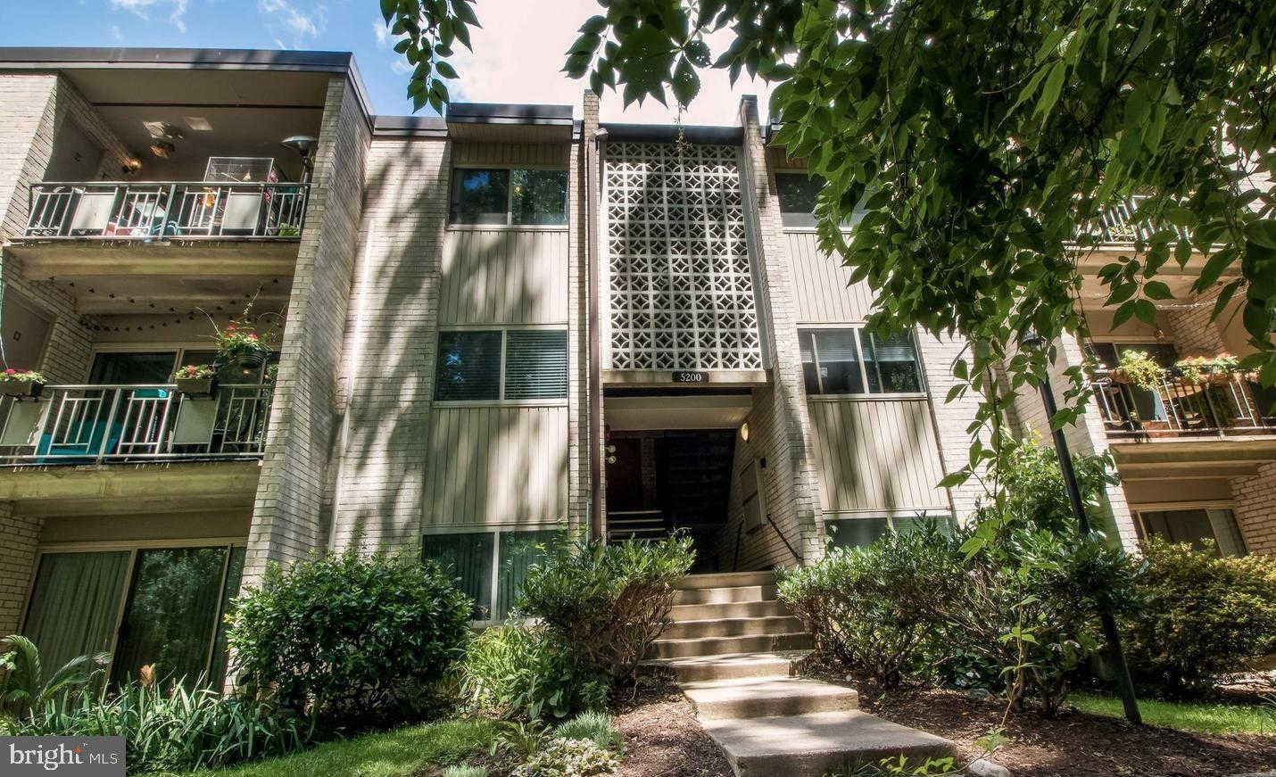 Video Tour  - 5200 Crossfield Court #142, Rockville, MD 20852