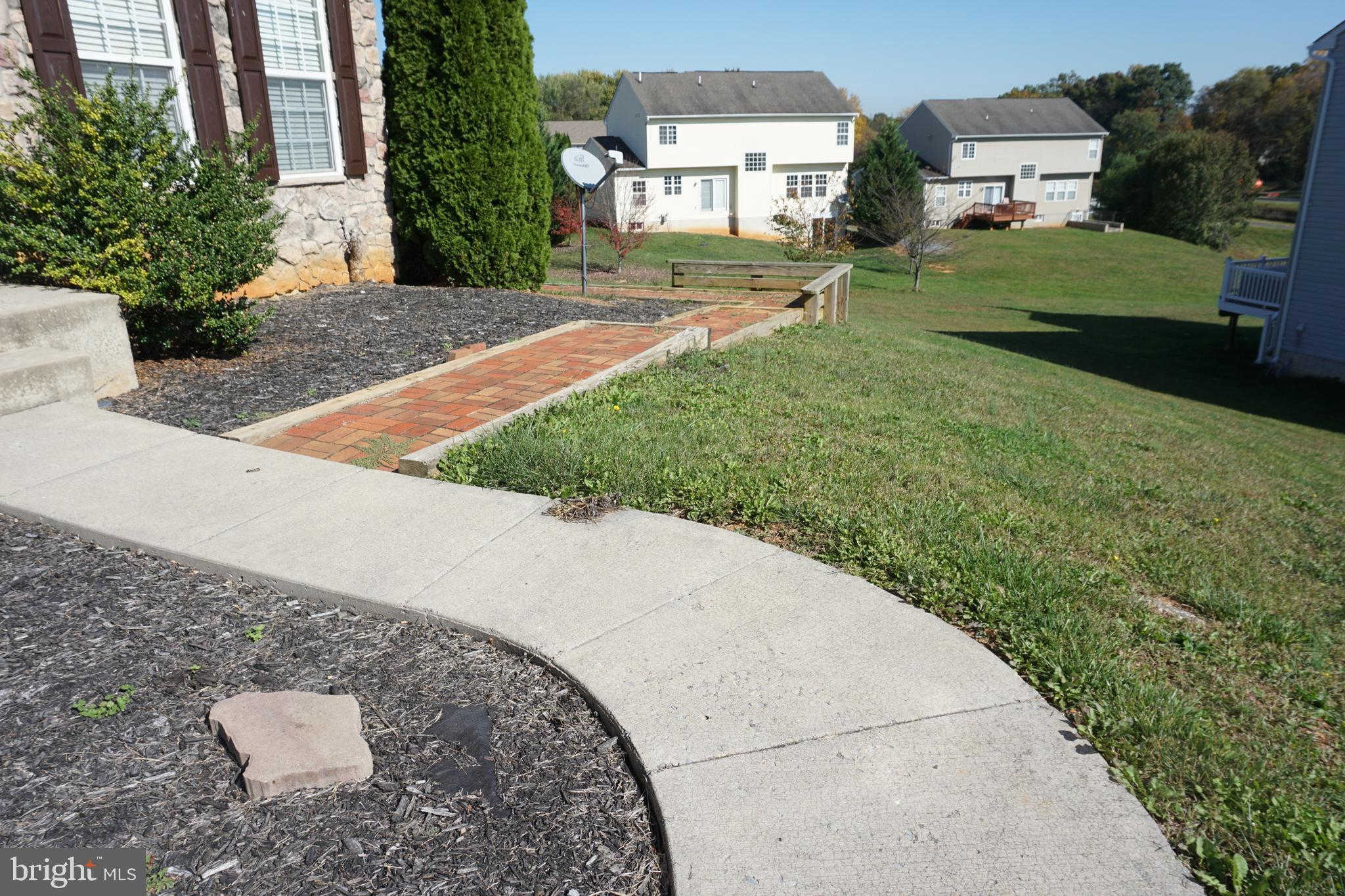 75 Marblehead, Bunker Hill, WV 25413 now has a new price of $1,350!
