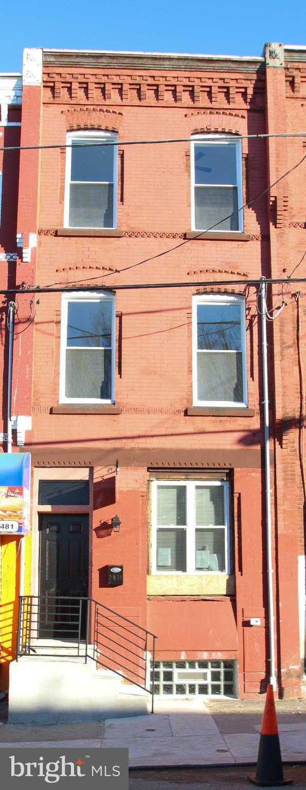 1819 N 19TH Street, Philadelphia, PA 19121 now has a new price of $2,295!