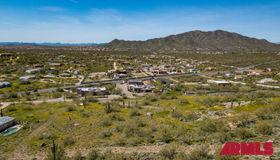 42200 N 10th Street #a, Phoenix, AZ 85086