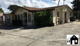 231 N Harbor Pl, Goodland, FL 34140