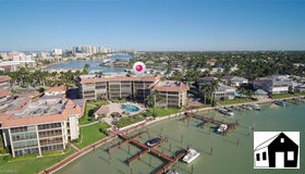 222 Harbour Dr #506, Naples, FL 34103