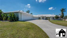 18683 Baseleg Ave, North Fort Myers, FL 33917