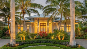 671 13th Ave S, Naples, FL 34102
