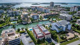 911 Huron CT #8, Marco Island, FL 34145