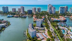 300 Park Shore Dr #5d, Naples, FL 34103