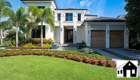 2111 Forrest Ln, Naples, FL 34102
