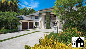 295 5th Ave S #2a, Naples, FL 34102