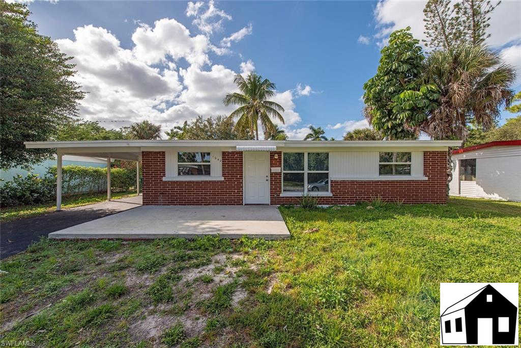 1240 Embassy Ln, Naples, FL 34104 is now new to the market!