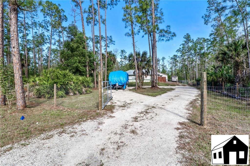 4041 4th Ave Se, Naples, FL 34117 is now new to the market!