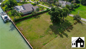 951 E Inlet Dr, Marco Island, FL 34145
