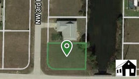 801 nw 3rd Pl, Cape Coral, FL 33993
