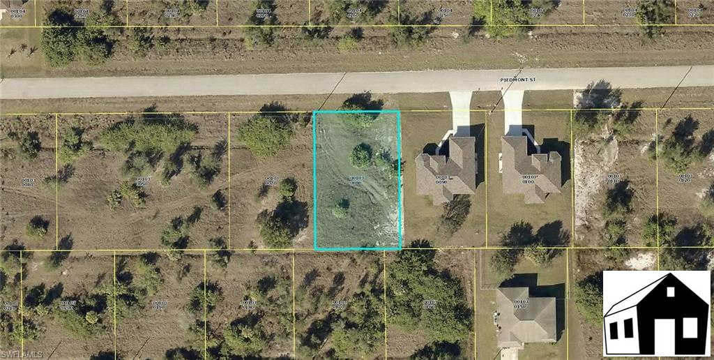 428 Piedmont St, Lehigh Acres, FL 33974 is now new to the market!