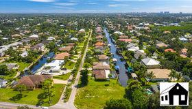 27000 Harbor Dr, Bonita Springs, FL 34135