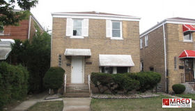 9831 South Prairie Avenue, Chicago, IL 60628