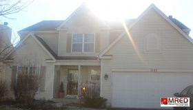 2105 West Meadowview Drive, Round Lake, IL 60073