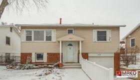 920 Glenview Avenue, Mundelein, IL 60060
