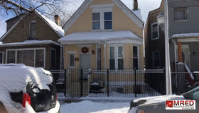 1137 North Ridgeway Avenue, Chicago, IL 60651