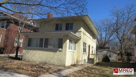 7141 South Crandon Avenue, Chicago, IL 60649