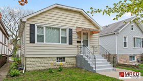 4121 North Ozanam Avenue, Norridge, IL 60706